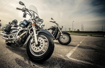 Clever Motorradersatzteile online kaufen Bild oben pixabay.com