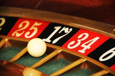 Wo finde ich die besten Schweizer Online Casinos? Bild oben pixabay.com, Greg Montani