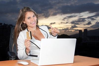 Online Kredite bieten Top Konditionen dank Niedrigzinspolitik Erfahrung Bild mittig Pixabay.com © DigitalMarketingAgency CCO Public Domain