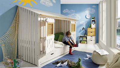 Spielbetten für Kinder Bild oben allnatura.ch
