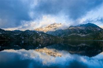 Seen in der Schweiz Anleitung Bild unten unsplash.com, Alberto Restifo