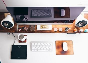 Haben Sie sich den richtigen Job geangelt? Bild oben unsplash.com, Jeff Sheldon