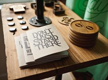 Haben Sie sich den richtigen Job geangelt? Anleitung Bild unten unsplash.com, Jeff Sheldon