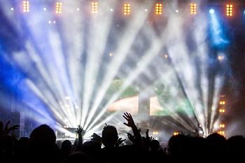 U2 rocken mal wieder die Städte! Ratgeber Bild mittig-oben unsplash.com, Daniel Robert