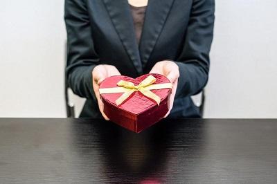 Mit Werbeartikeln den Erfolg des Unternehmens steigern Bild oben fotolia.com / hikdaigaku (#133181161)